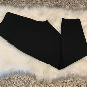 Vineyard Vines elastic waist black pants GUC